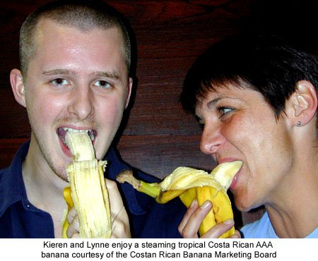Lynne Thomas and Kieren McCarthy eating bananas