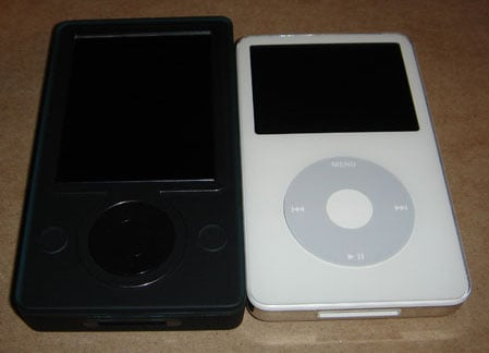 ipod vs zune - image courtesy jake luding