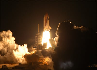 Shuttle lifts off on Sunday