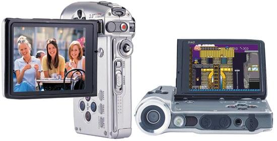 DXG-589V camcorder