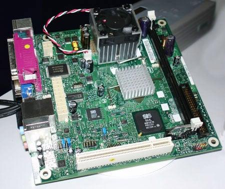 Intel Desktop Board D201GLY Mini ITX mobo