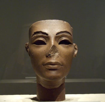A statue of Queen Nefertiti, Tutankhamun's stepmother