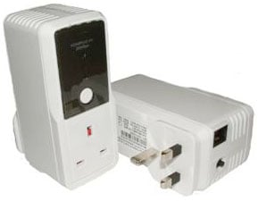 Solwise pass-through powerline adaptor