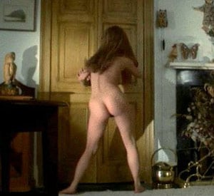Willow the barmaid's naked dance in The Wicker Man