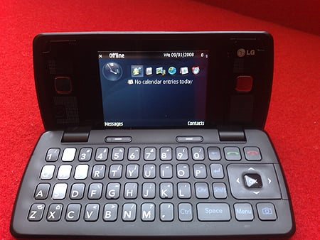 LG's not a brick Communicator is smaller than it looks