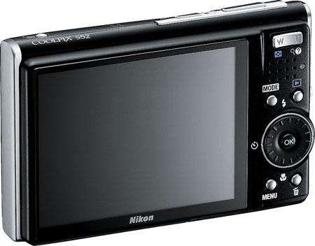 Nikon_COOLPIX_S52