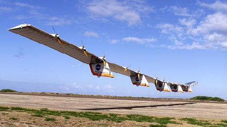 NASA's 'Helios' solar wingship drone