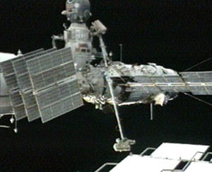 Sergei Volkov and Oleg Kononenko during Tuesday's spacewalk. Pic: NASA TV