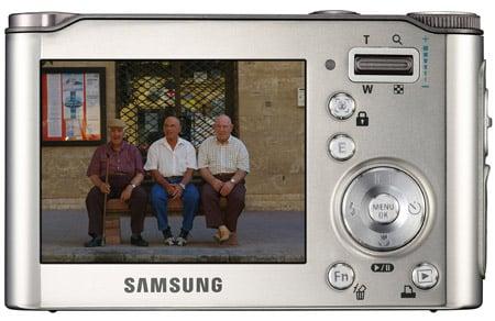 Samsung NV4 compact came