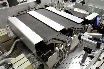 """A 15-kilowatt JHPSSL laser """"chain"""""""