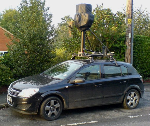 Street View spycar in res