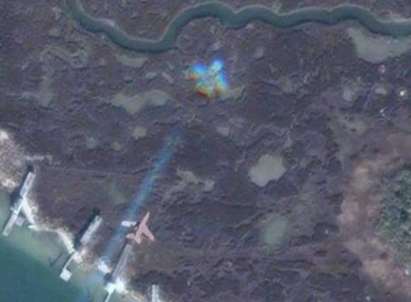 Stealth aircraft seen over Tangier island on Google Maps