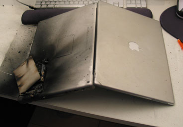 PowerBook_fire_02