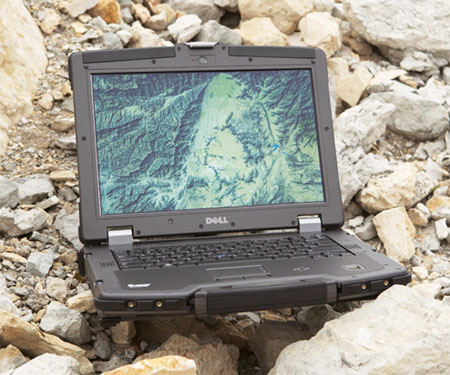Dell_Latitude_E6400_01