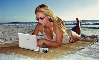 Eee PC Girl
