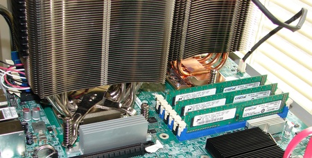 Intel S5520SC motherboard