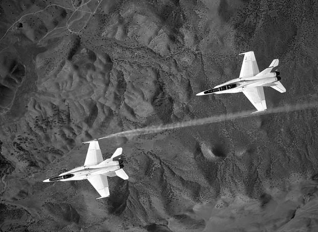 NASA F-18s working on formation aerod