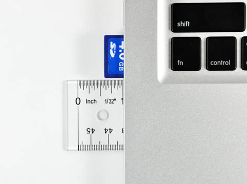 MacBook Pro 13-inch - SD card slot