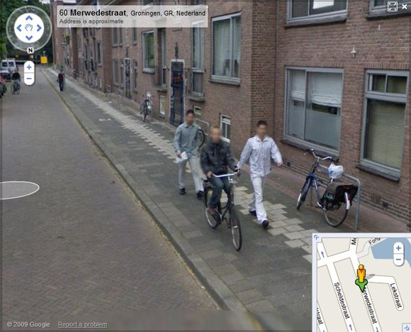 The moment just before the mugging as caught on Street View