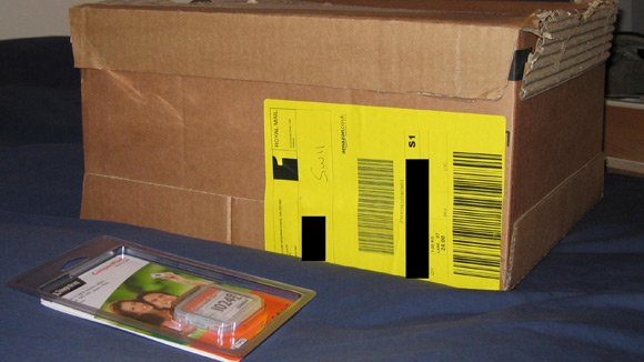 Amazon overdoes the packaging for a Flash memory card