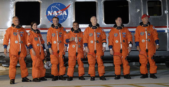 The Discovery Crew. Pic: NASA
