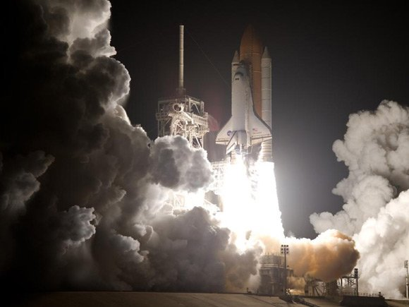 Discovery launches from Kennedy Space Center