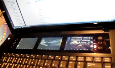 Intel_fourscreen_laptop_01