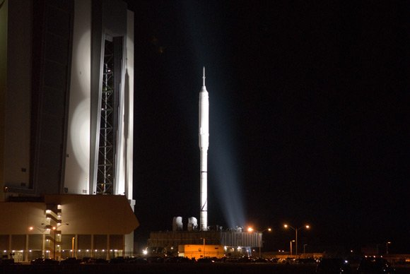 The Ares I-X trundles towards the launchpad. Pic: NASA