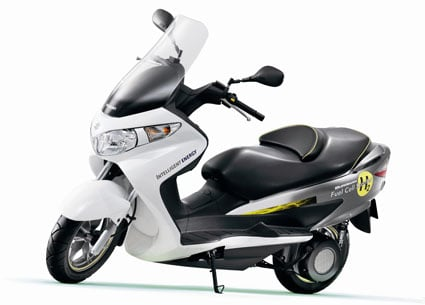 suzuki_burgman_fuelcellscooter
