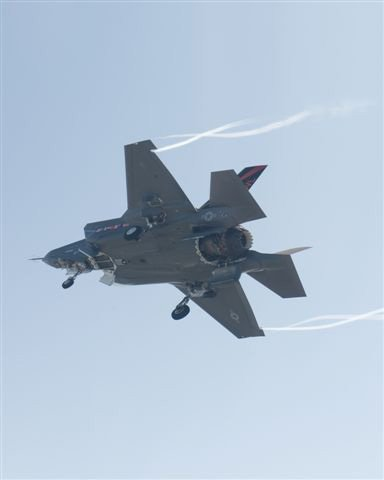 F-35B doors open from below.
