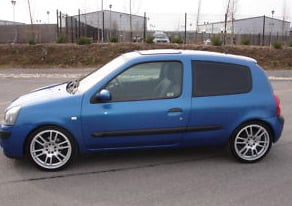 The Renault Clio as seen on eBay