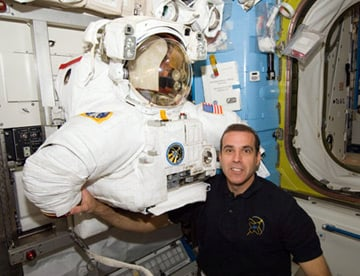 Rick Mastracchio seen in the Quest airlock. Pic: NASA