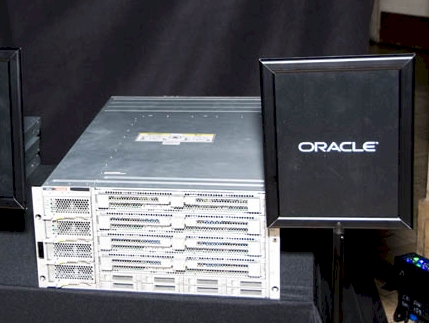 Oracle Nehalem EX Server