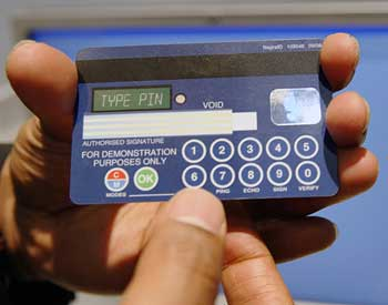 Credit card with a, smaller, screen