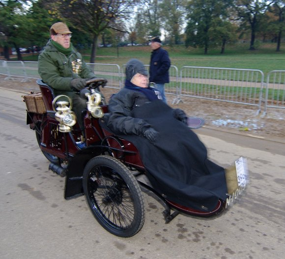 Two brave souls in a 1904 Humber