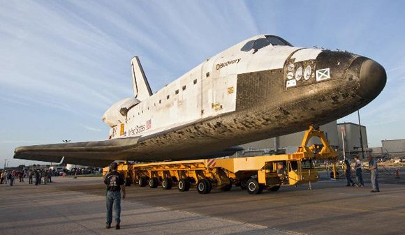 Discovery at Kennedy Space Center. Pic: NASA