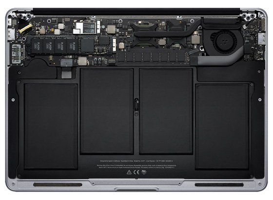 Apple MacBook Air components exposed