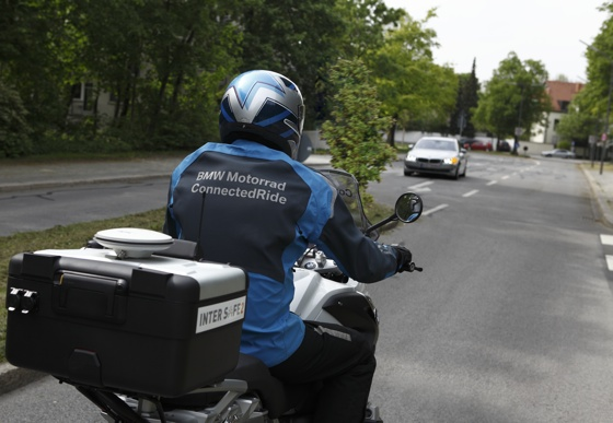 BMW Left-turn Assistant