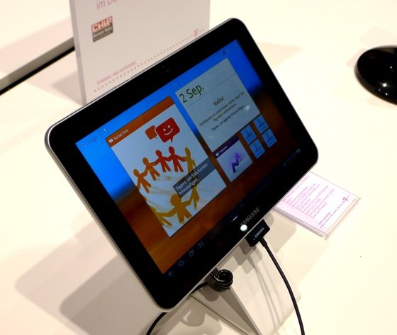 Samsung Galaxy Tab 8.9 LTE tablet