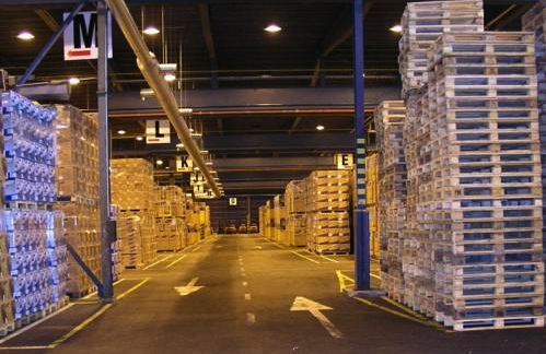 warehouse interior - wide aisle, big shelves