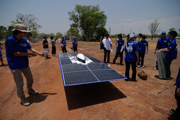 Tokai solar car first pitstop