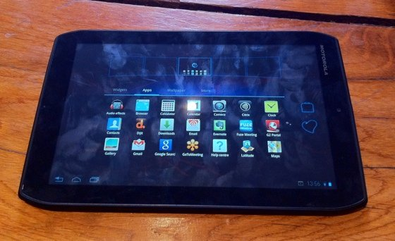 Motorola Xoom 2 Android 3.2 tablet