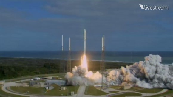 MSL launch vehicle blasting off