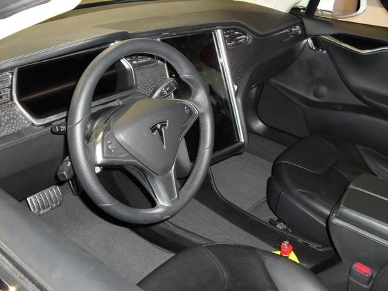 Tesla Model S family e-car