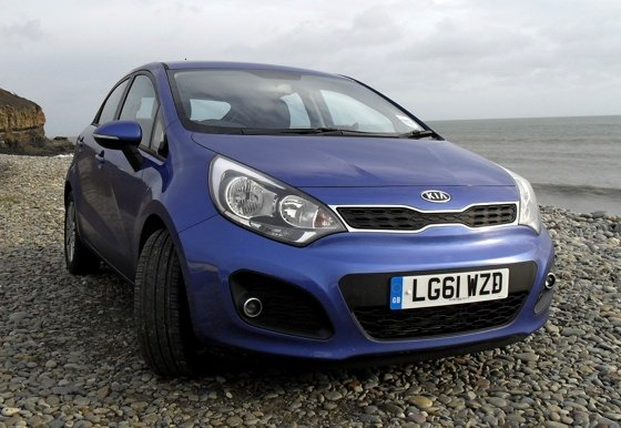 Kia Rio 1.1 CRDi EcoDynmics diesel car