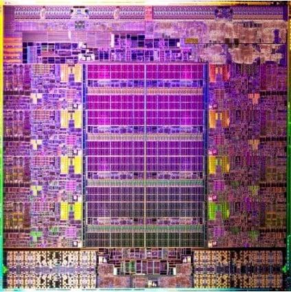 Intel Xeon E5-2600 die