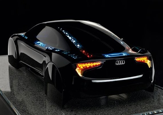 Audio Q7 R8 OLED concept