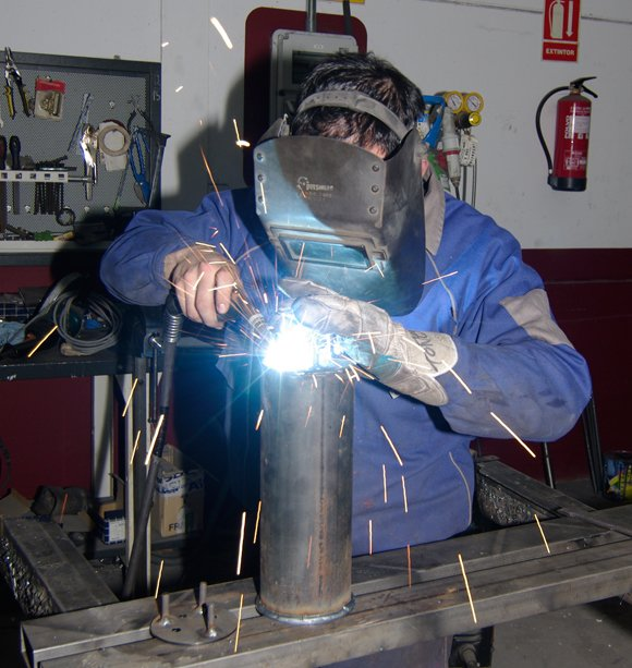 Antonio welding the REHAB chamber