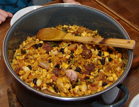 The finished pan of migas