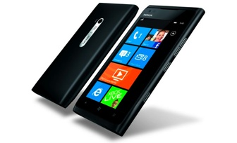 Nokia Lumia 900 WinPho 7 smartphone